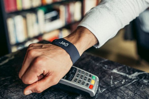 Screenless wristband enables communication and contactless payment with innovative biometrics
